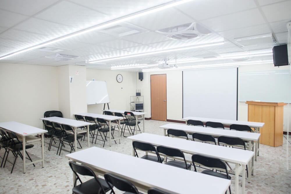 60人會議室